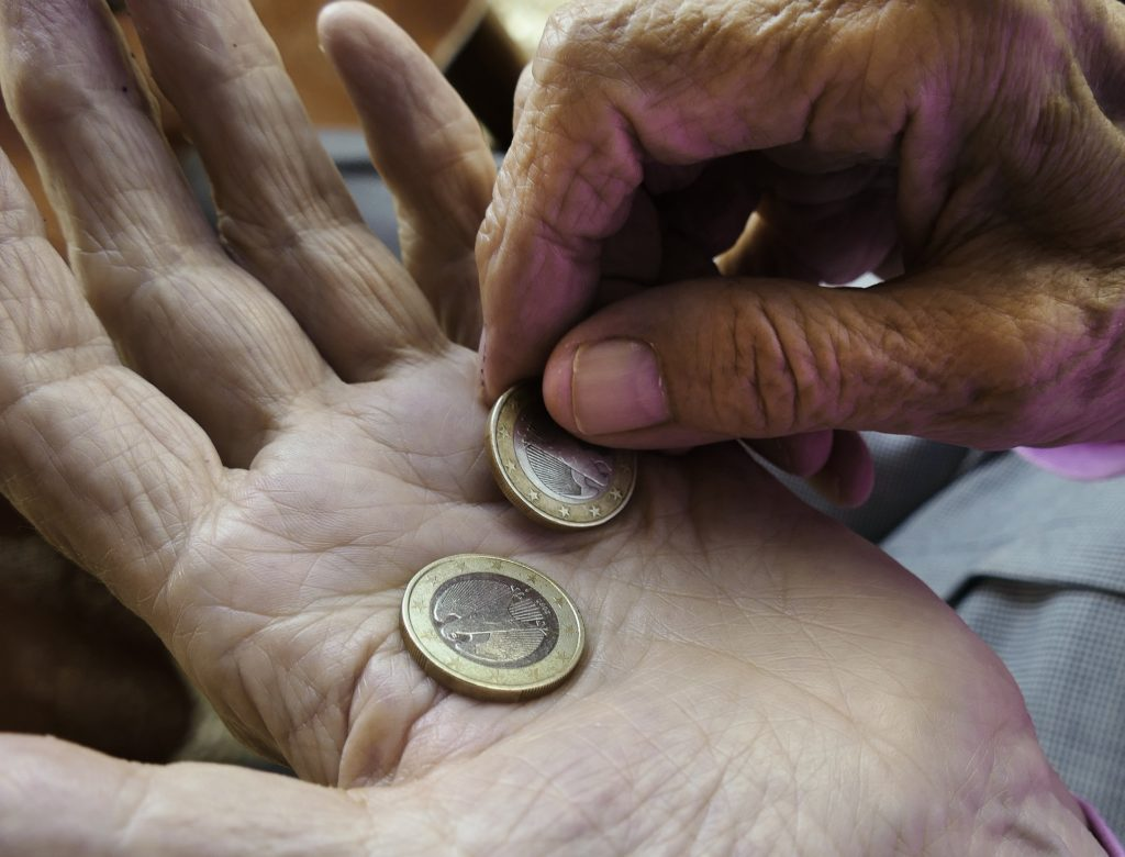 世界 技術 進歩 貧富の格差 拡大