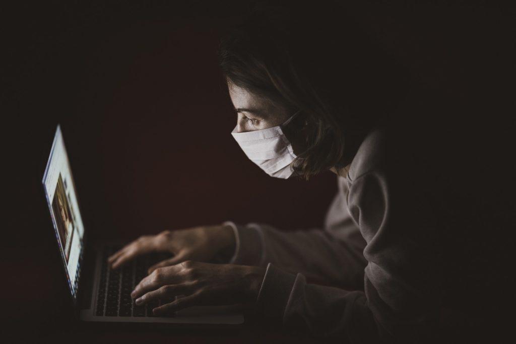 新型コロナウイルス 情報サイト