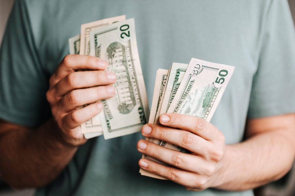 仕事ができる人 お金が稼げる人