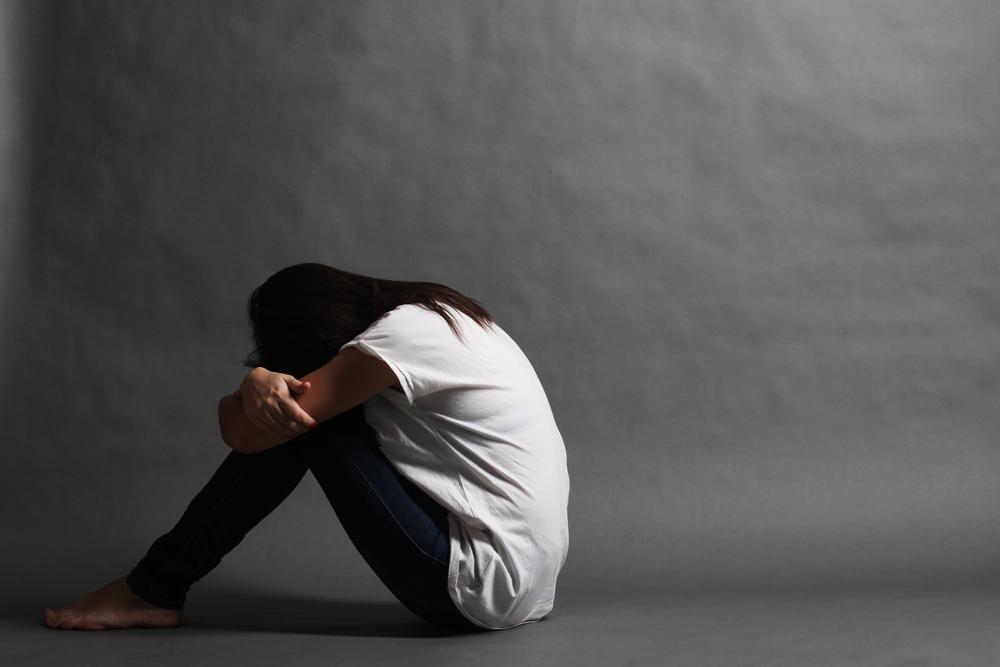日本 8月 自殺者 1,800人 超え