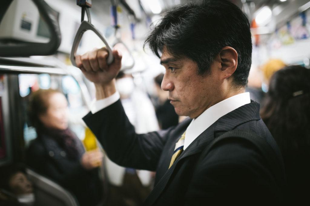 日本 業種を超えた 従業員シェア