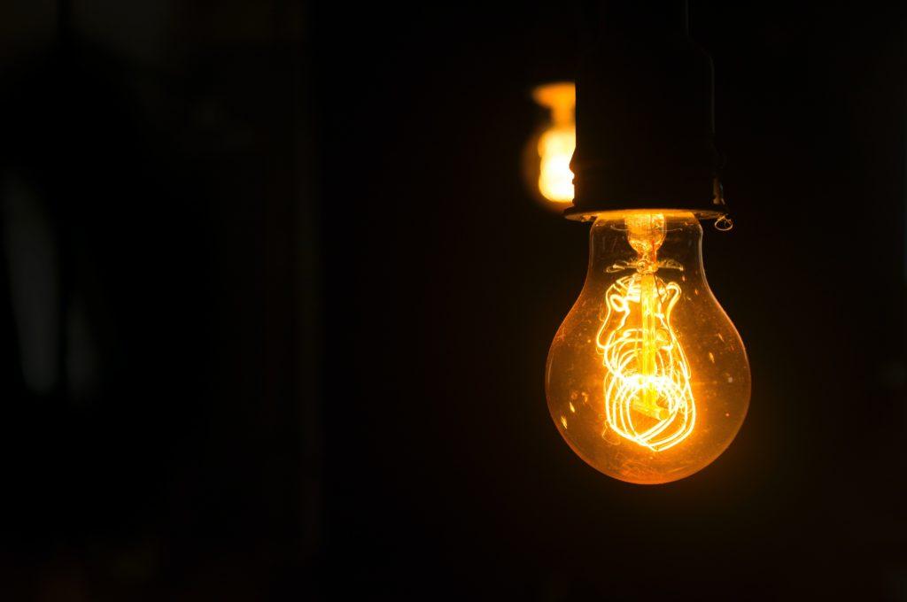 日本 電気代 市場連動型契約